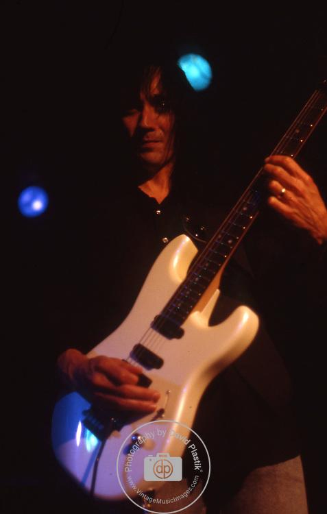Jimmy Crespo,