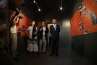 SAO PAULO, SP, 22 DE FEVEREIRO 2013 - YOANI SANCHEZ - O governador Geraldo Alckmin durante visita da jornalista e blogueira Yoani Sánchez ao Memorial da Resistência na regiao central da capital paulista, nesta sexta-feira, 22. (FOTO: WILLIAM VOLCOV / BRAZIL PHOTO PRESS).