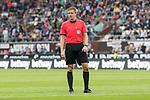 22.07.2017, Millerntor-Stadion, Hamburg, GER, FSP, FC St. Pauli vs SV Werder Bremen<br /> <br /> im Bild<br /> Robert Schr&ouml;der (Schiedsrichter / referee)<br /> <br /> Foto &copy; nordphoto / Ewert