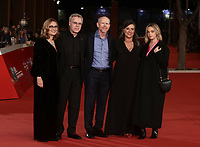Da sinistra:  Nicoletta Mantovani, il produttore Nigel Sinclair, il regista Ron Howard, Giuliana Pavarotti e Caterina Lo Sasso posano durante il red carpet per la presentazione del film 'Pavarotti' alla 14^ Festa del Cinema di Roma all'Aufditorium Parco della Musica di Roma, 18 ottobre 2019.<br /> From left: Nicoletta Mantovani, the second wife of late Italian tenor Luciano Pavarotti, Scottish producer Nigel Sinclair, US director Ron Howard, Giuliana Pavarotti, the daughter of late Italian tenor Luciano Pavarotti and Luciano Pavarotti's granddaughter Caterina Lo Sasso pose during the red carpet to present the movie 'Pavarotti' during the 14^ Rome Film Fest at Rome's Auditorium, on 18 october 2019.<br /> UPDATE IMAGES PRESS/Isabella Bonotto