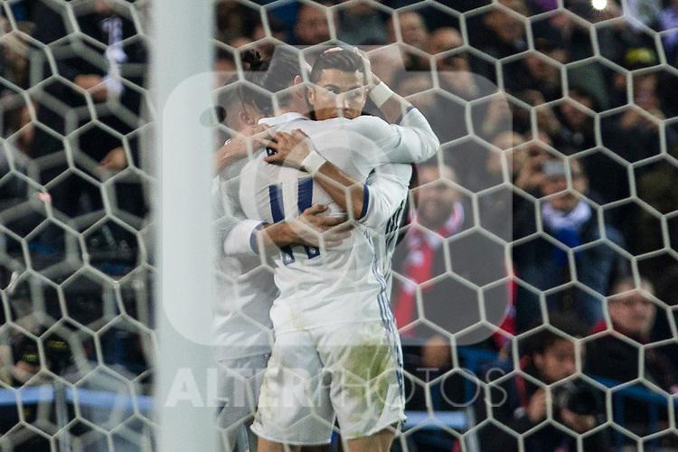 Real Madrid's Cristiano Ronaldo Lucas Vazquez  during the match of La Liga between Atletico de Madrid and Real Madrid at Vicente Calderon Stadium  in Madrid , Spain. November 19, 2016. (ALTERPHOTOS/Rodrigo Jimenez)