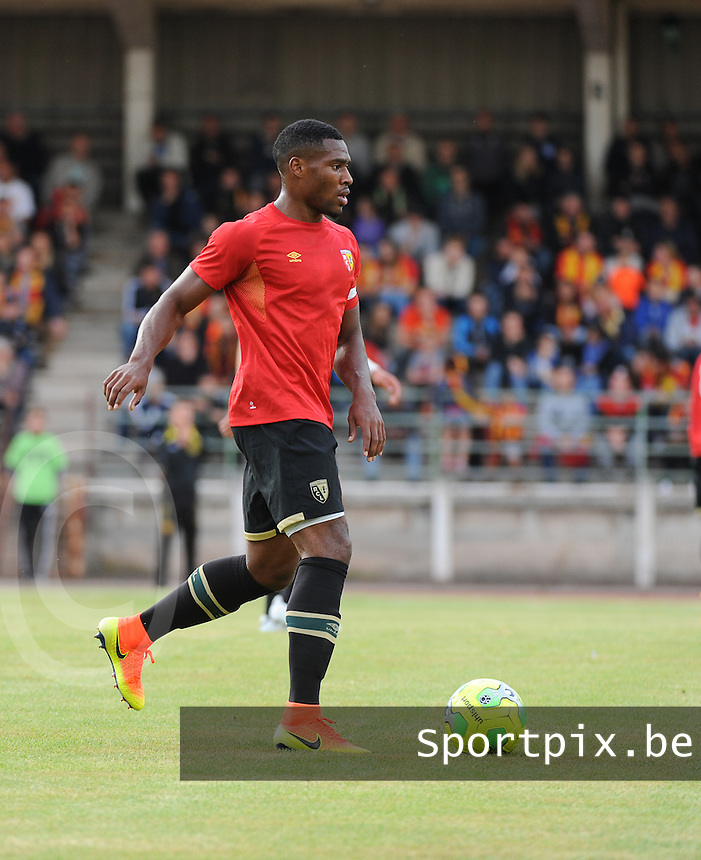 20160713 - DOUAI , FRANCE : RC Lens' Loic Landre pictured during a friendly game between Racing Club de LENS and Waasland Beveren during the preparations for the 2016-2017 season , Wednesday 13 July 2016 ,  PHOTO Dirk Vuylsteke | Sportpix.Be