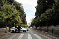 Pictured: Heavy police presence and closed off roads in central Athens, Greece. Tuesday 15 November 2016<br /> Re: US President Barack Obama state visit to Greece