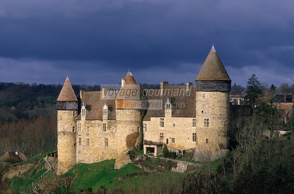 Europe/France/Centre/18/Cher/Beery/Culan : Le château de Culan forteresse médiévale du XII° siècle [Non destiné à un usage publicitaire - Not intended for an advertising use]