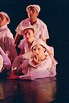BLANK ON BLANK (cr&eacute;ation 1987 au Joyce Theater de New York City)<br /> <br /> Chor&eacute;graphie, son, lumi&egrave;res, costumes : Alwin Nikolais<br /> Danseurs de la compagnie : Snezana Adjanski, Joseph (jo) Blake, Chia-Chi Chiang, Juan Carlos Claudio, Ai Fujii, Trey Gillen, Caine Keenan, Melissa McDonald, Brandin Scott Steffenssen, Liberty Valentine<br /> Compagnie : Ririe - Woodbury Dance Company<br /> Lieu : Th&eacute;&acirc;tre de la Ville<br /> Ville : Paris<br /> Date : 23/03/2004