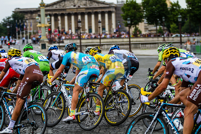 Vincenzo Nibali, Astana Pro Team, in the wheel of Peter Sagan, Cannondale, Tour de France, Stage 21: Évry > Paris Champs-Élysées, UCI WorldTour, 2.UWT, Paris Champs-Élysées, France, 27th July 2014, Photo by Thomas van Bracht