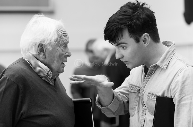 """King Lear"" rehearsed reading rehearsals. Old Vic Theatre. Director: Jonathan Miller. Tony Britton (L), Jos Vantyler (R)."