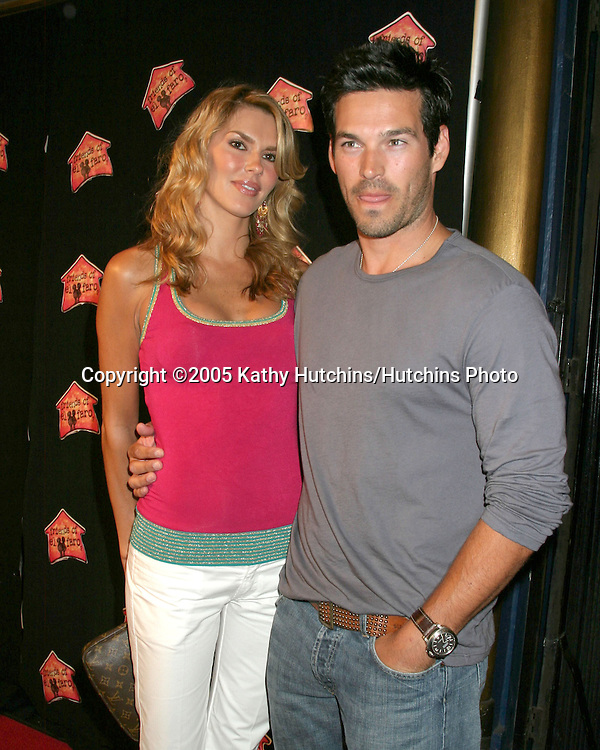 Eddie Cibrian and wife.Friends of El Faro Benefit.Henry Fonda Theater.Hollywood, California.May 13, 2005 .©2005 Kathy Hutchins / Hutchins Photo