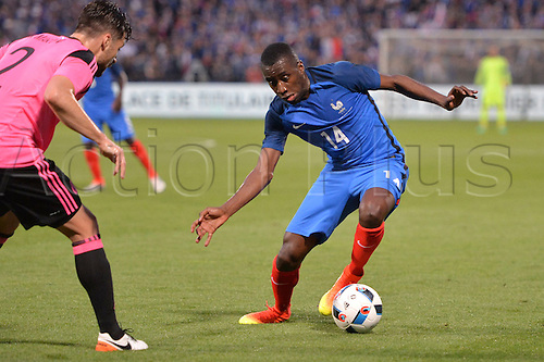04.06.2016. Stade Saint Symphorien, Metz, France. International football freindly,France versus Scotland.  BLAISE MATUIDI cuts outside his marker