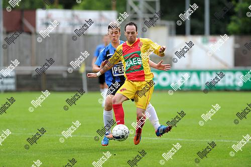 2013-09-01 / Voetbal / seizoen 2013-2014 / Rupel-Boom - Bornem / Bjorn Cornelissens (l. Rupel-Boom) met Jorrit D'Haeseleer<br /><br />Foto: Mpics.be