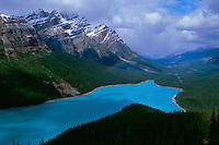 Rainbow over Peyto Lake<br />