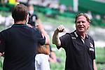 Trainer Markus Gisdol (1. FC Koeln) und Trainer Florian Kohfeld (Werder Bremen) begruessen sich vor dem Spiel.<br /> <br /> Sport: Fussball: 1. Bundesliga:: nphgm001:  Saison 19/20: 34. Spieltag: SV Werder Bremen - 1. FC Koeln, 27.06.2020<br /> <br /> Foto: Marvin Ibo Güngör/GES/Pool/via gumzmedia/nordphoto