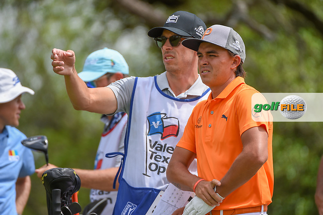 Rickie Fowler (USA) looks over his tee shot on 9 during day 4 of the Valero Texas Open, at the TPC San Antonio Oaks Course, San Antonio, Texas, USA. 4/7/2019.<br /> Picture: Golffile | Ken Murray<br /> <br /> <br /> All photo usage must carry mandatory copyright credit (© Golffile | Ken Murray)