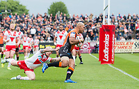 Picture by Allan McKenzie/SWpix.com - 13/05/2017 - Rugby League - Ladbrokes Challenge Cup - Castleford Tigers v St Helens - The Mend A Hose Jungle, Castleford, England - St Helens's Theo Fages is unable to prevent Castleford's Jake Webster from going on to score a try.