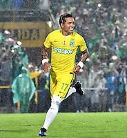 BOGOTA - COLOMBIA -25-02-2017: Dayro Moreno, jugador de Atletico Nacional, celebra el gol anotado a La Equidad, durante partido entre La Equidad y Atletico Nacional, por la fecha 5 de la Liga Aguila I-2017, jugado en el estadio Nemesio Camacho El Campin de la ciudad de Bogota. / Dayro Moreno, player of Atletico Nacional, celebrates a scored goal to La Equidad, during a match between La Equidad and Atletico Nacional, for the  date 5 of the Liga Aguila I-2017 at the Nemesio Camacho El Campin Stadium in Bogota city, Photo: VizzorImage  / Luis Ramirez / Staff.