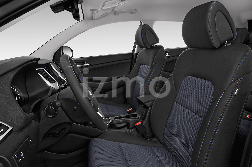 Front seat view of a 2018 Hyundai Tucson Premium 5 Door SUV front seat car photos