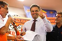 SAO PAULO, SP, 05.05.2014 - AECIO NEVES - FORCA SINDICAL - O senador e presidenciável do PSDB, Aécio Neves, participa de encontro no Sindicato Nacional dos Aposentados e Pensionistas da Força Sindical nesta segunda-feira, 05, na região central de São Paulo. O deputado federal Paulo Pereira da Silva, o Paulinho da Força, do Partido da Solidariedade, também esteve presente. Aécio disse que encaminhará ainda nesta segunda-feira, 05, ao Senado Federal um projeto para correção da tabela do Imposto de Renda. Em palestra no Sindicato Nacional dos Aposentados, em São Paulo, Aécio criticou a presidente da República, Dilma Rousseff, que, em pronunciamento na véspera do Dia do Trabalho, anunciou uma correção de 4,5% na tabela do IR. (Foto: William Volcov / Brazil Photo Press).