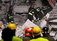 Firefighters work on rubble of collapsed buildings in the village of Amatrice, central Italy, hit by a magnitude 6 earthquake at 3,36 am, 24 August 2016.<br /> Vigili del Fuoco al lavoro tra le macerie degli edifici crollati dopo il terremoto che alle 3,36 del mattino ha colpito Amatrice, 24 agosto 2016.<br /> UPDATE IMAGES PRESS/Isabella Bonotto