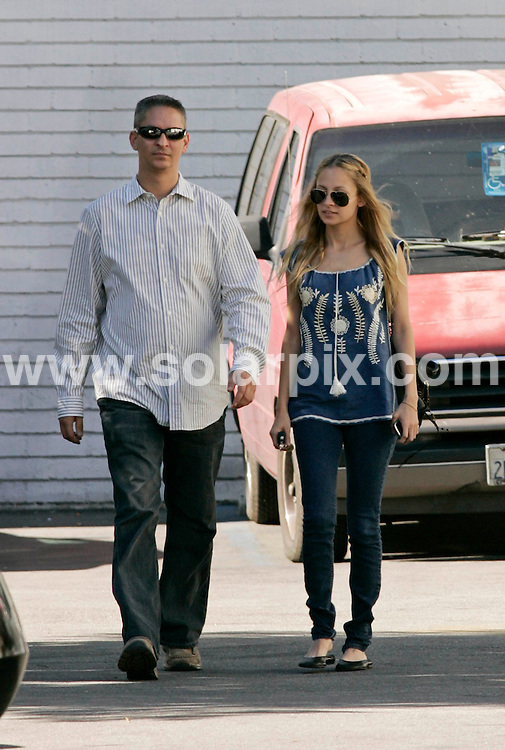 **ALL ROUND PICTURES FROM SOLARPIX.COM**.**SYNDICATION RIGHTS FOR UK AND SPAIN ONLY**.Nicole Richie leaves the driving school that she has to attend by law after being caught driving under the influence of drugs back in December 2006. Los Angeles, California, USA. 19th November 2008..JOB REF: 7961 CPR (Heinz)       DATE: 19_11_2008.**MUST CREDIT SOLARPIX.COM OR DOUBLE FEE WILL BE CHARGED* *UNDER NO CIRCUMSTANCES IS THIS IMAGE TO BE REPRODUCED FOR ANY ONLINE EDITION WITHOUT PRIOR PERMISSION*