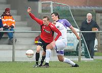 Sint Eloois Winkel Sport - Racing Club Harelbeke :<br /> fel duel tussen Aaron Vandendriessche (L) en Dylan Descheemaecker (R)<br /> <br /> Foto VDB / Bart Vandenbroucke