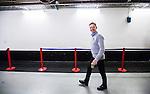 Stockholm 2014-10-02 Ishockey Hockeyallsvenskan AIK - BIK Karlskoga :  <br /> AIK:s tr&auml;nare coach manager set glad ut n&auml;r han g&aring;r till omkl&auml;dningsrummet i Hovet i samband med matchen mellan AIK och BIK Karlskogas <br /> (Foto: Kenta J&ouml;nsson) Nyckelord:  AIK Gnaget Hockeyallsvenskan Allsvenskan Hovet Johanneshovs Isstadion Bofors BIK Karlskoga portr&auml;tt portrait glad gl&auml;dje lycka leende ler le