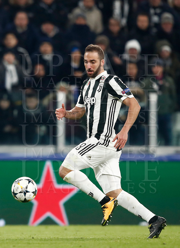 Football Soccer: UEFA Champions League Juventus vs Tottenahm Hotspurs FC Round of 16 1st leg, Allianz Stadium. Turin, Italy, February 13, 2018. <br /> Juventus' Gonzalo Higuain in action during the Uefa Champions League football soccer match between Juventus and Tottenahm Hotspurs FC at Allianz Stadium in Turin, February 13, 2018.<br /> UPDATE IMAGES PRESS/Isabella Bonotto