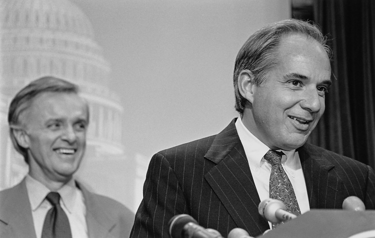 Sen. Bob Kerrey, D-Nebr., and Sen. Robert Torricelli, D-N.J., on Jan. 7, 1997. (Photo by Rebecca Roth/CQ Roll Call)