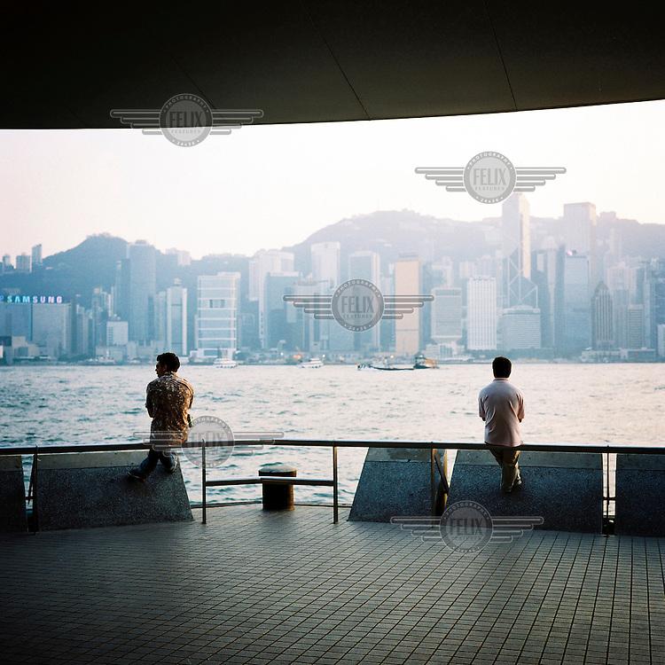 Hong Kong bay, seen from Kowloon.