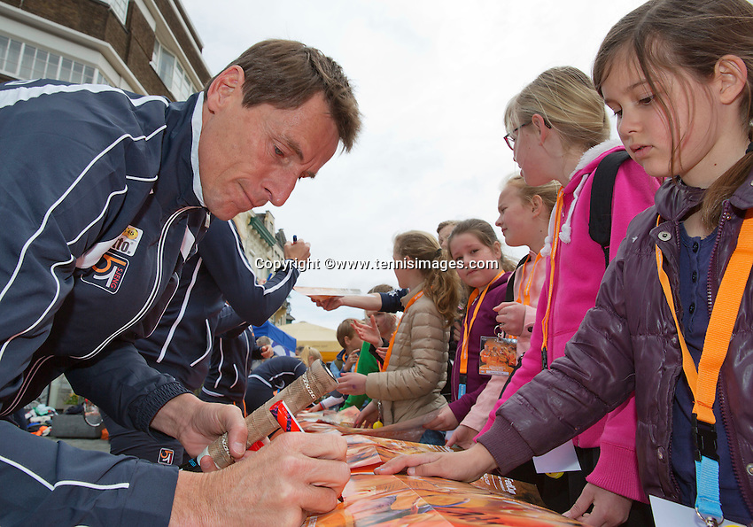 April 17, 2015, Netherlands, Den Bosch, Maaspoort, Fedcup Netherlands-Australia,  captain Paul Haarhuis signing aurographs<br /> Photo: Tennisimages/Henk Koster