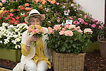 "Maureen Lipman poses with the new roses named the ""Lynda Bellingham Rose"" At the RHS Hampton Court Flower show, London 29.6.15"