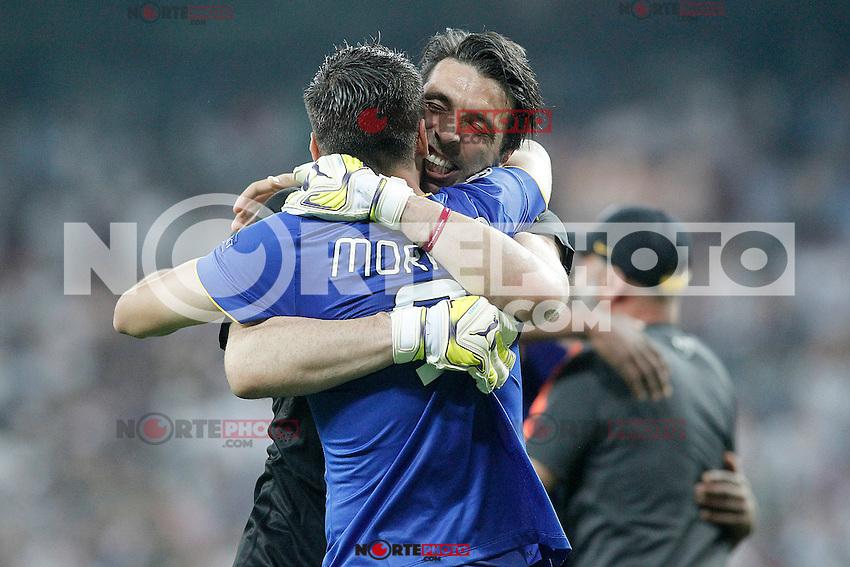 Juventus' Gianluigi Buffon (r) and Alvaro Morata celebrate the victory in the Champions League 2014/2015 Semi-finals.May 13,2015. (ALTERPHOTOS/Acero) /NortePhoto.COM