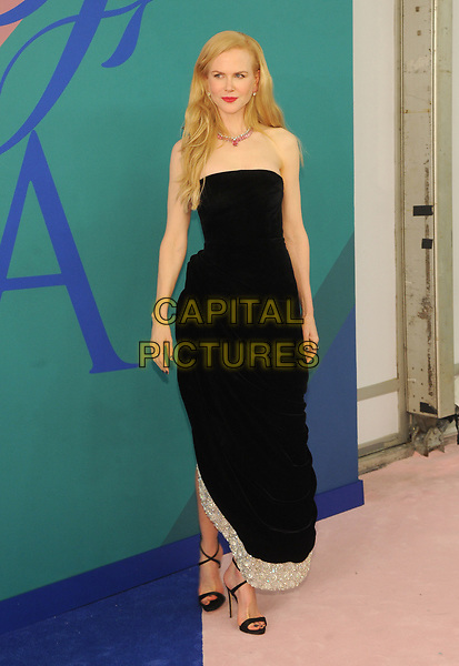 NEW YORK, NY - JUNE 5: Nicole Kidman at the 2017 CFDA Fashion Awards at The Hammerstein Ballroom in New York City on June 5, 2017. <br /> CAP/MPI/JP<br /> &copy;JP/MPI/Capital Pictures