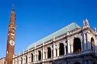 Torre de Piazza+ Basilica von Andrea Palladio, Vicenza, Venetien-Friaul, Italien, Unesco-Weltkulturerbe.