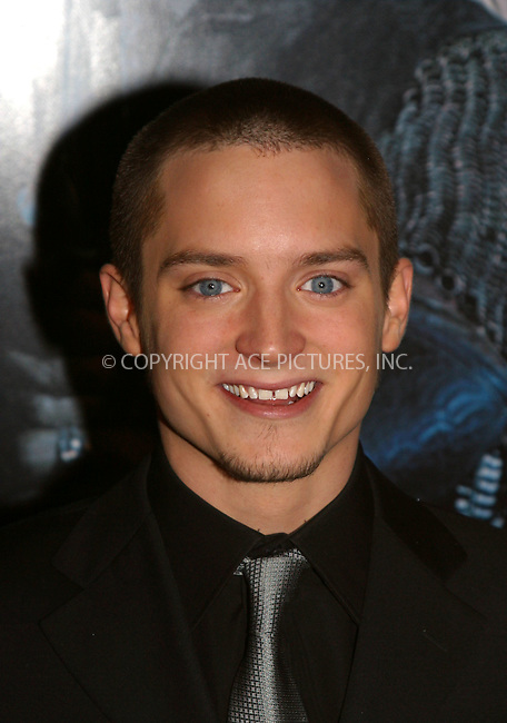 Elijah Wood at the World Premiere of The Lord of the Rings: The Two Towers. New York, December 5, 2002...Please byline: Alecsey Boldeskul/NY Photo Press.   ..*PAY-PER-USE*      ....NY Photo Press:  ..phone (646) 267-6913;   ..e-mail: info@nyphotopress.com