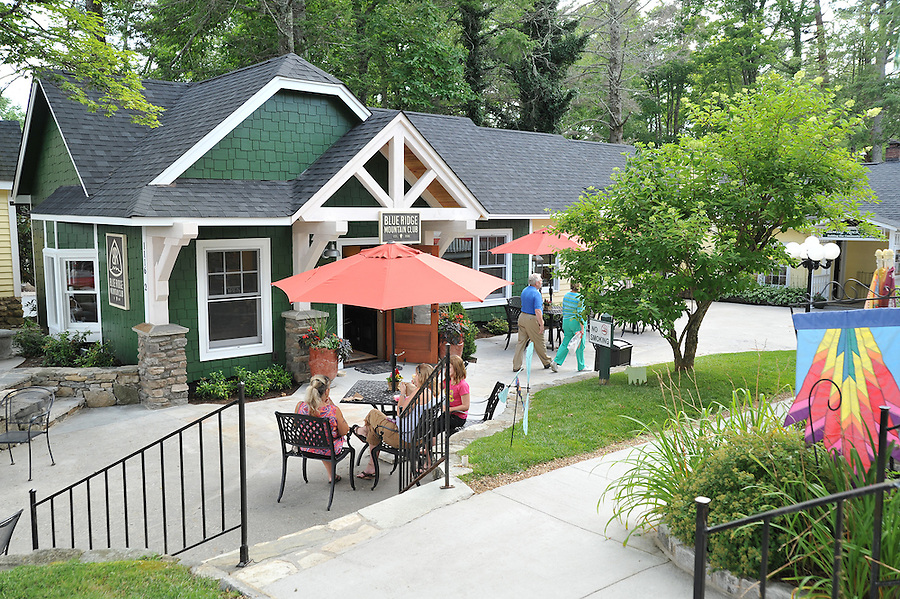 Blue Ridge Mountain Club in Blowing Rock, North Carolina, holds an event for members, guests, and prospects.