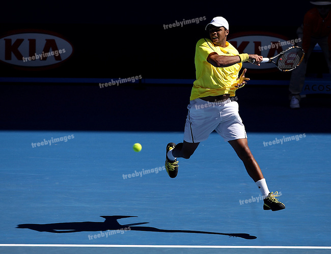 Jo-Wilfred Tsonga (FRA) in action against Dudi Sela (ISR) on day 6 of the Australian Open Tennis , 24-1-09