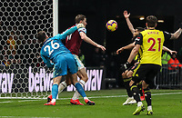 Burnley's Chris Wood competing with Watford's Ben Foster<br /> <br /> Photographer Andrew Kearns/CameraSport<br /> <br /> The Premier League - Watford v Burnley - Saturday 19 January 2019 - Vicarage Road - Watford<br /> <br /> World Copyright © 2019 CameraSport. All rights reserved. 43 Linden Ave. Countesthorpe. Leicester. England. LE8 5PG - Tel: +44 (0) 116 277 4147 - admin@camerasport.com - www.camerasport.com