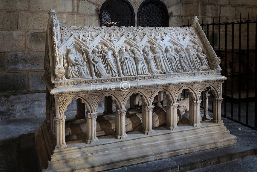 France, Corrèze (19), Aubazine, abbaye cistercienne Saint-Étienne, l'église, le tombeau de Saint-Étienne // France, Correze, Aubazine, Saint Etienne abbey, the church, the tomb of Saint Etienne