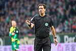 10.02.2019, Weser Stadion, Bremen, GER, 1.FBL, Werder Bremen vs FC Augsburg, <br /> <br /> DFL REGULATIONS PROHIBIT ANY USE OF PHOTOGRAPHS AS IMAGE SEQUENCES AND/OR QUASI-VIDEO.<br /> <br />  im Bild<br /> e ( Schiedsrichter / Referee) - betritt beim Werder Spiel sein 250.Bundesligaspiel<br /> Einzelaktion, Halbk&ouml;rper / Halbkoerper,<br /> <br /> <br /> Foto &copy; nordphoto / Kokenge