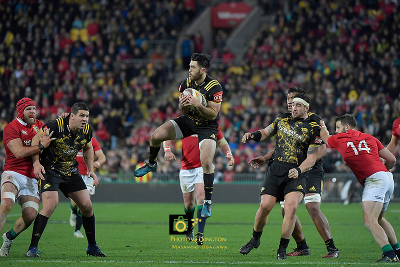 Hurricanes' Nehe Milner-SKudder in action during the New Zealand Lions Series - Hurricanes v British and Irish Lions at Westpac Stadium, Wellington, New Zealand on Tuesday 27 June 2017.<br /> Photo by Masanori Udagawa<br /> www.photowellington.photoshelter.com.