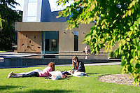 05192011 - Seattle University, Campus Life, Spring Time