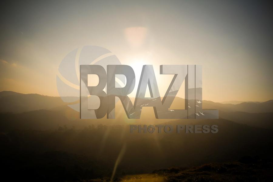GUARULHOS, SP, 27.07.2017 - TURISMO-GUARULHOS - Vista do Morro do Nhangussu na cidade de Guarulhos na grande São Paulo nesta quinta-feira, 27. (Foto: Nelson Gariba/Brazil Photo Press)
