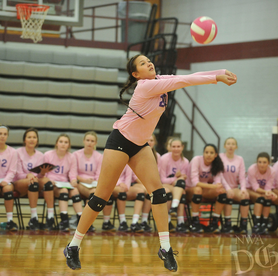 NWA Democrat-Gazette/MICHAEL WOODS &bull; @NWAMICHAELW<br /> Fayetteville High's Isabelle Brammell (20) makes the dig during their game against Springdale High School Tuesday October 13, 2015 in Springdale.