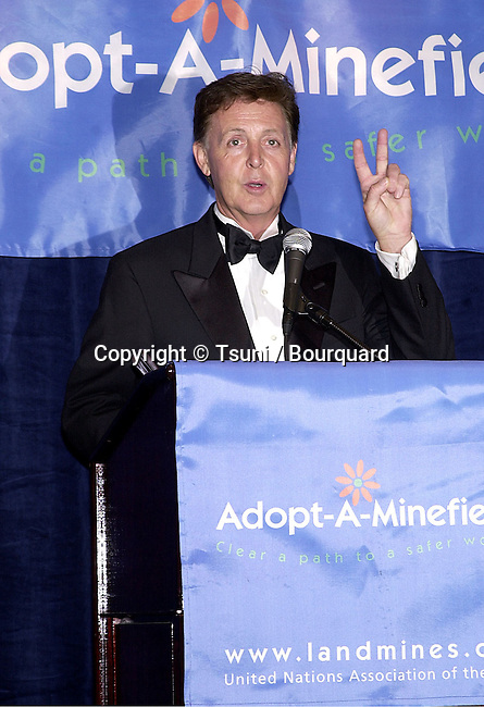 Goodwill Ambassadors Sir Paul McCartney at the first Annual  Adopt-A-Minefield Gala at the Regent Beverly in Los Angeles  June 14, 2001   © Tsuni          -            McCartneyPaul05.jpg