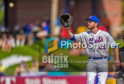 23 February 2013: New York Mets' first baseman Ike Davis in action during a Spring Training Game against the Washington Nationals at Tradition Field in Port St. Lucie, Florida. The Mets defeated the Nationals 5-3 in their Grapefruit League Opening Day game. Mandatory Credit: Ed Wolfstein Photo *** RAW (NEF) Image File Available ***