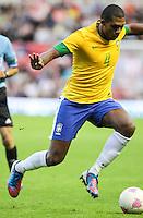 MIDDLESBROUGH, INGLATERRA, 20 JULHO 2012 - AMISTOSO INTERNACIONAL - BRASIL X GRA-BRETANHA - O jogador Juan, da Seleção Brasileira, durante amistoso contra a Grã-Bretanha, no estádio Riverside, em Middlesbrough, na Inglaterra, no último jogo antes do início da Olimpíada. (FOTO: GUILHERME ALMEIDA / BRAZIL PHOTO PRESS).