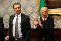Luigi De Magistris, sindaco di Napoli Marco Minniti, ministro dell Interno durante la conferenza stampa tenuta dopo ilComitato Provinciale Ordine e Sicurezza nella Prefettura di Napoli