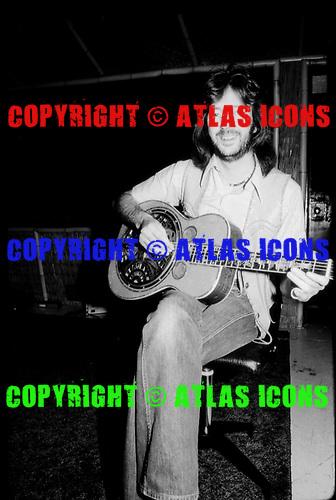 ERIC CLAPTON, RECORDING STUDIO, 1976; NEIL ZLOZOWER