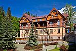 Szklarska Poręba, 2009-05-20. Dom w centrum Szklarskiej Poręby