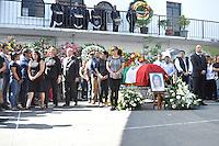 Temixco, Morelos. 3 de enero de 2016.- Rinden homenaje de cuerpo presente a Gisela Mota alcaldesa de este municipio ejecutada la ma&ntilde;ana de este s&aacute;bado, el acto fue encabezado por el gobernador del estado Graco Ram&iacute;rez y parte de su gabinete as&iacute; representantes de los tres poderes y asociaciones civiles.<br /> <br /> Fotos: No&eacute; Knapp / Obture